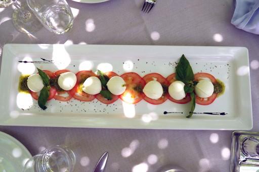 mozzarella en tomaat