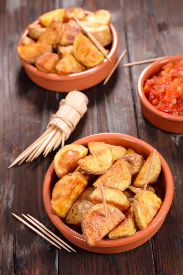 patatas bravas stock