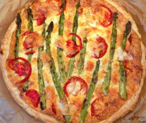 Culy Homemade: Quiche met groene asperges, mozzarella & spekjes
