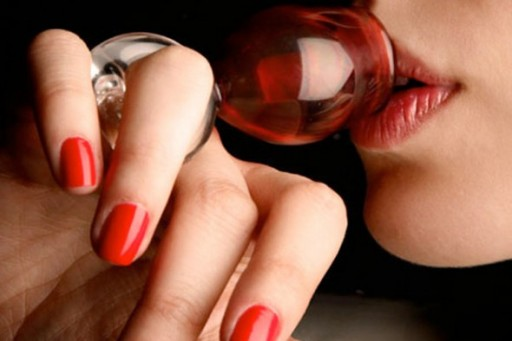 remy-martin-wine-glass-ring-590x394