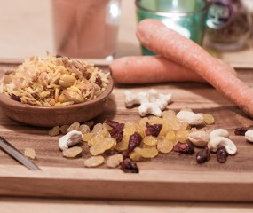 Quinoa pilav met noten en vruchten