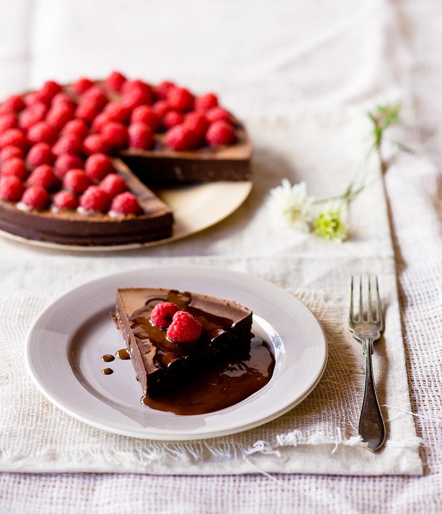 Afbeelding van chocoladetaart met frambozen