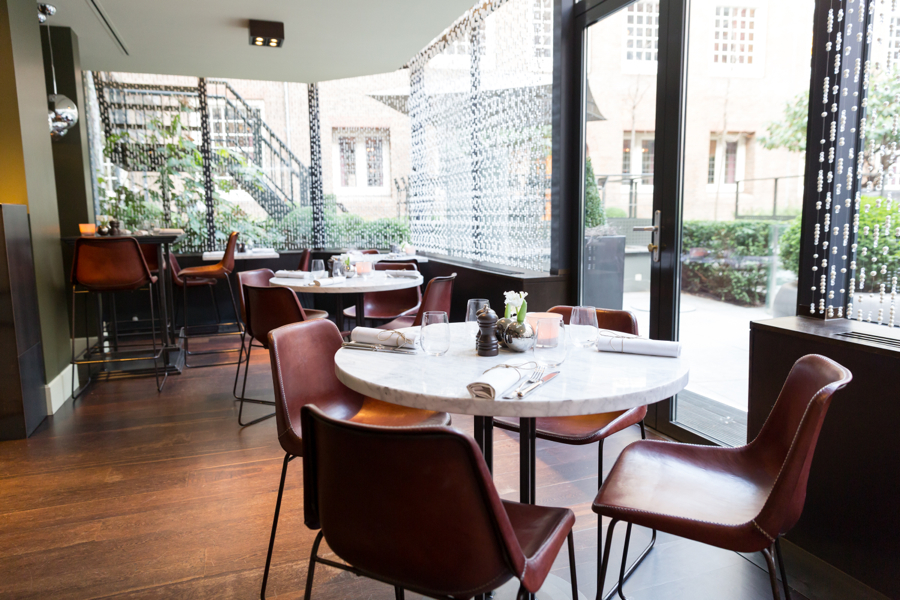 Hotel the grand opent parijse bistro in hartje amsterdam for Petit restaurant