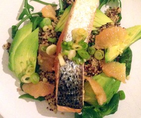 Culy Homemade: maaltijdsalade met zalm, quinoa, avocado & grapefruit