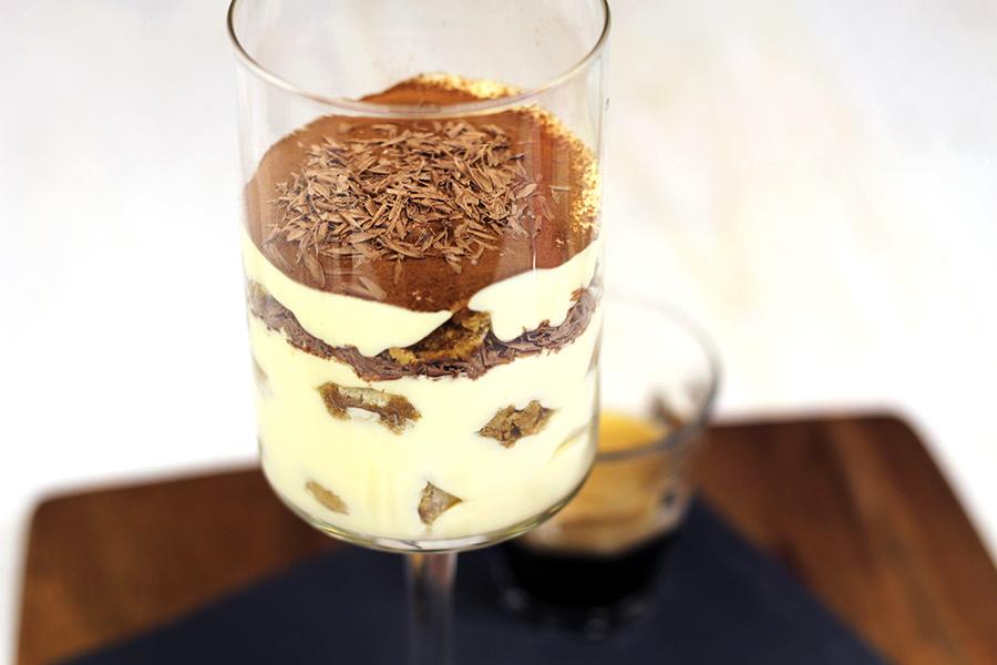 mini tiramisu in glaasje