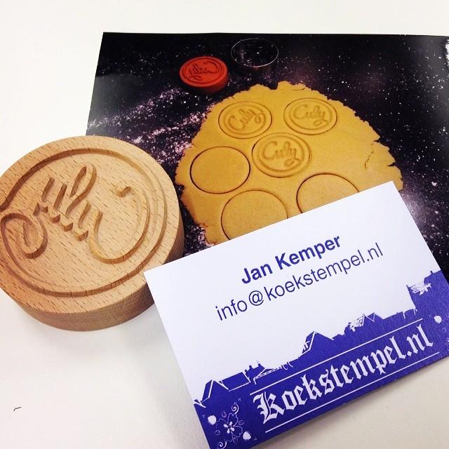 zo cool: je eigen (logo) koekstempel laten maken - culy.nl