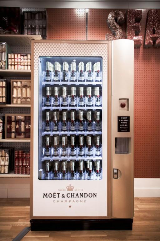 moet-vending-machine-c3b4c3b6c2bc-c2abedblomfield-4312