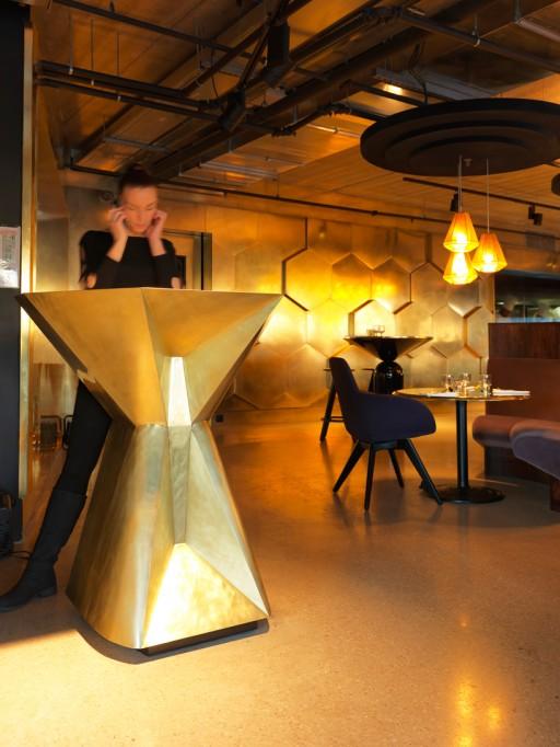 tom-dixon-eclectic-restaurant-paris-designboom03