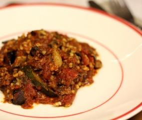 Culy homemade: tomatenstoof met gehaktballetjes en bulghur