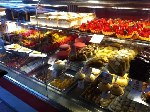 Vitrine cakejes Mercado de San Miguel
