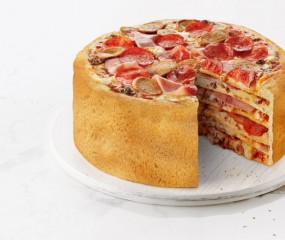 OMG: een taart gemaakt van pizza