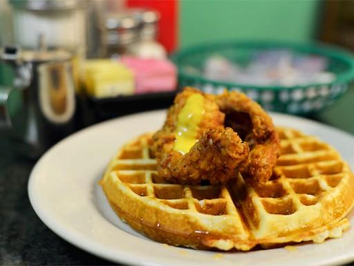 Chicken_Waffles_bij_Henry's