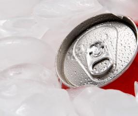 Zo kun je een drankblikje koelen in 2 minuten