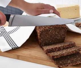 Waarom je een kartelmes voor zoveel meer dan brood kunt gebruiken