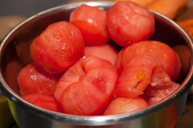 Stock tomaten ontvellen0001