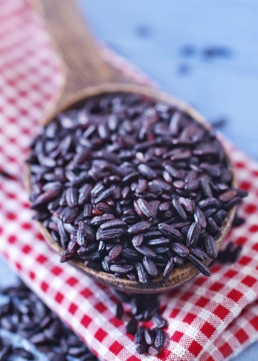 Zwarte rijst stock