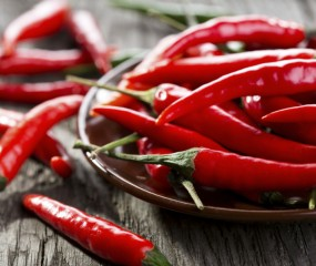 7 tips: zo haal je rode peper of knoflook van je handen