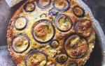 Ottolenghi's bloemkooltaart met rode ui uit Plenty More