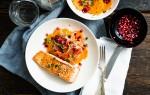 Koken met aanbiedingen: zalm met frisse salade van zoete aardappel en wortel