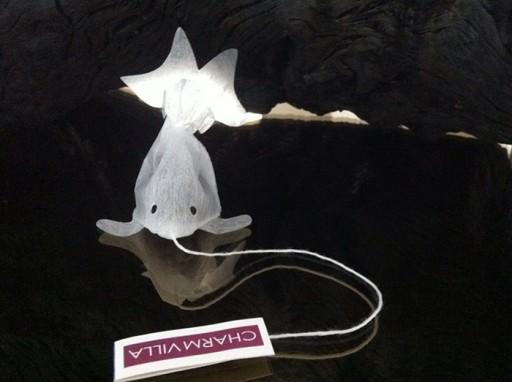 gold-fish-tea-bag-charm-villa-4