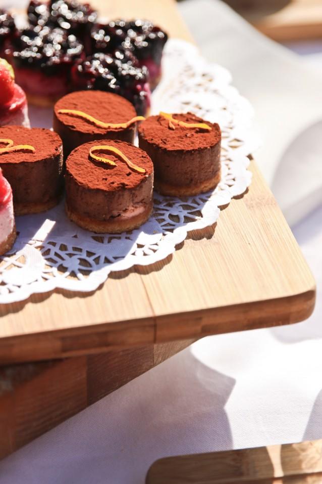 Ook deze chocoladetaartjes met sinaasappel zijn vegan, glutenvrij en suikervrij