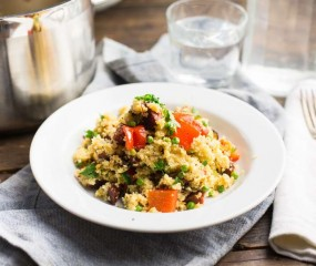 Koken met aanbiedingen: Spaanse couscous met salami, mosselen en olijven