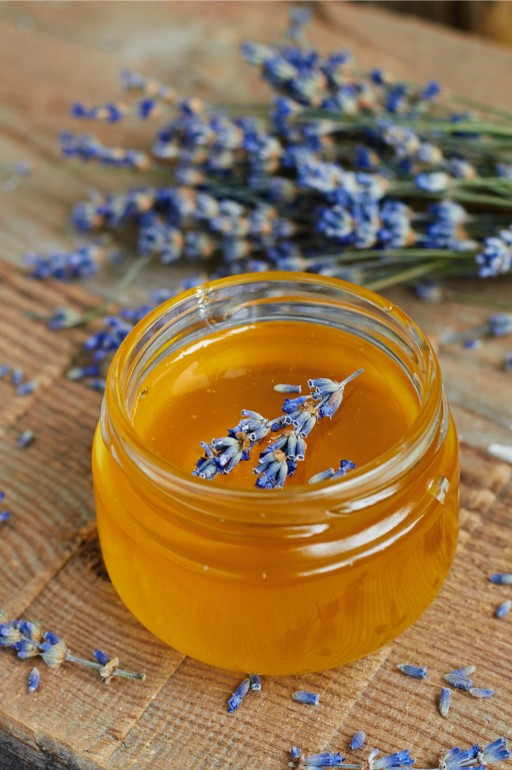 honing lavendel stock