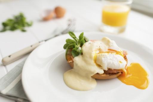 Eggs benedict stock