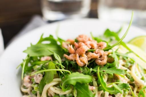 Koken met aanbiedingen spaghetti met Hollandse garnalen