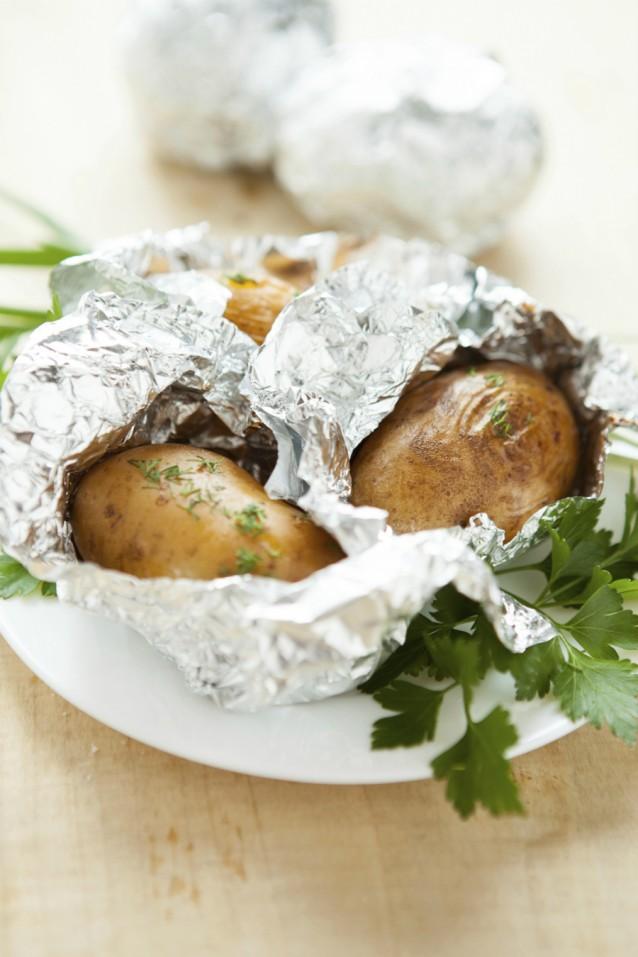 Gepofte aardappels stock