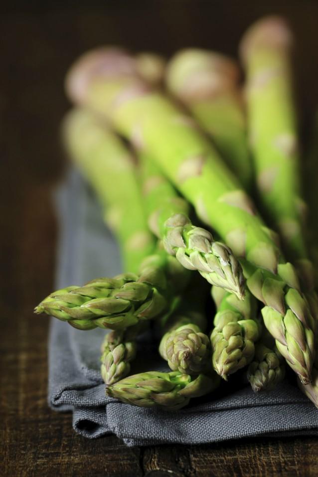 Groene asperges stock3