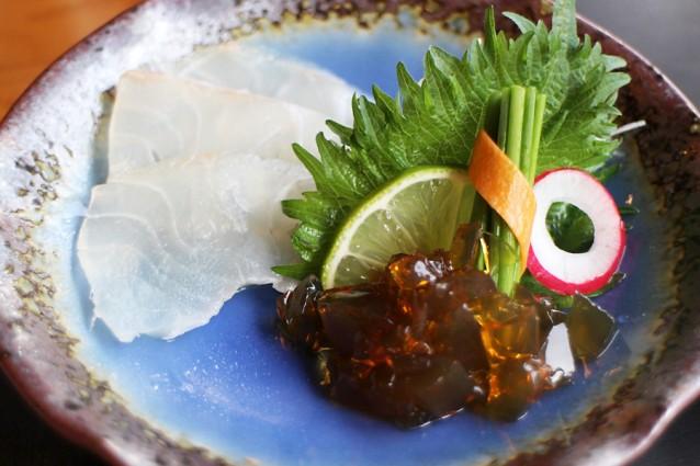 Sashimi van zeebrasem