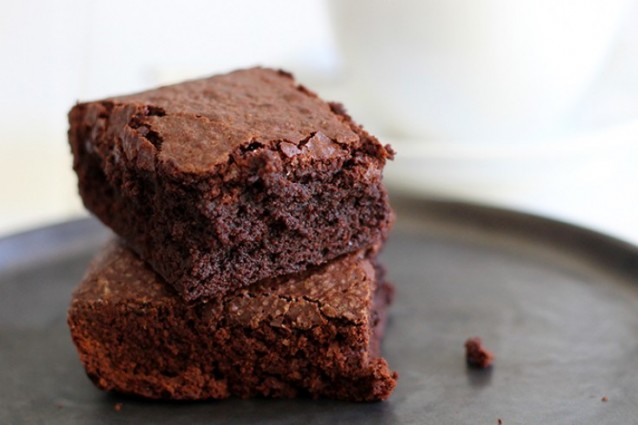perfecte-fudgy-brownies-735x490