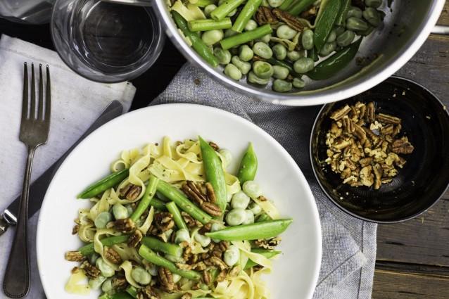 Koken met aanbiedingen tagliatelle