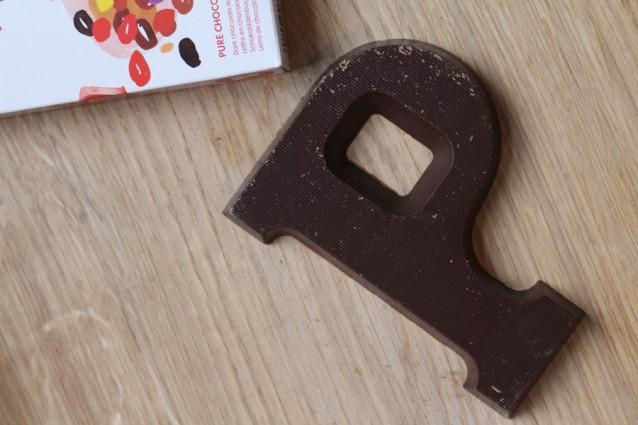 Chocolademelk van chocoladeletter0001