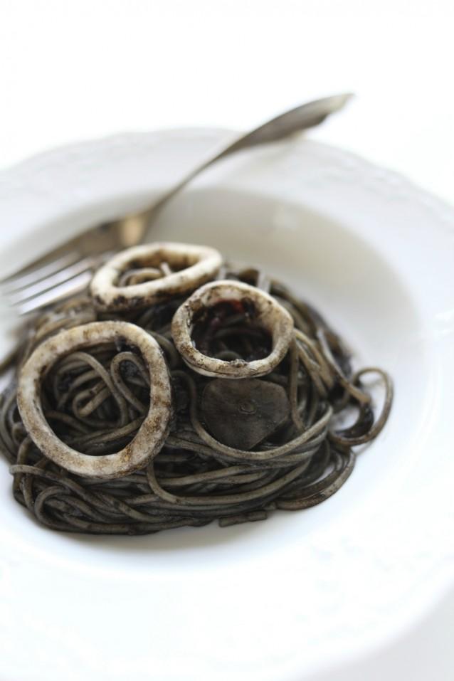 Inktvis pasta stock