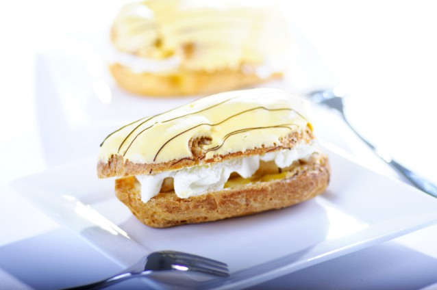 Eclair with banana