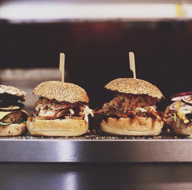 Burgers & Booze3