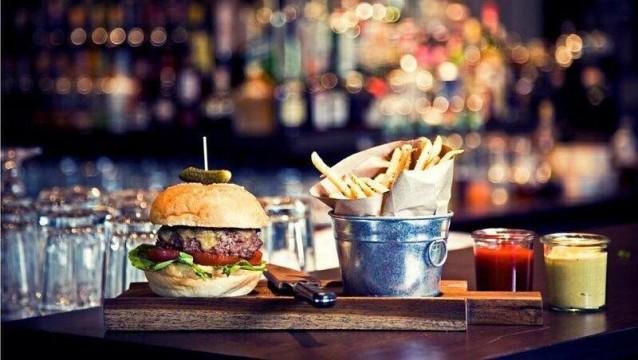 Burgers & Booze5
