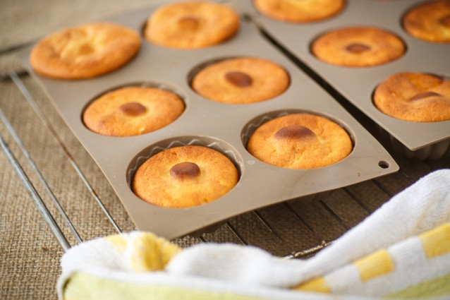 muffins siliconen bakvorm stock