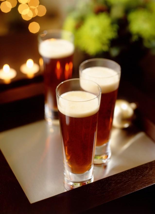 Stock Bier met kerst