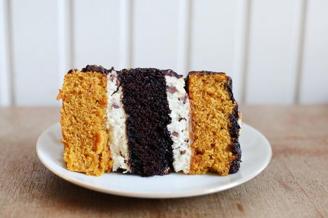 Pumpkin spice chocoladetaart met roomkaasen salted caramel4