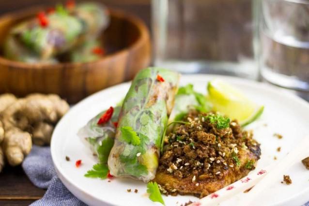 kabeljauw met wasabicrumble en vegetarische spring rolls3