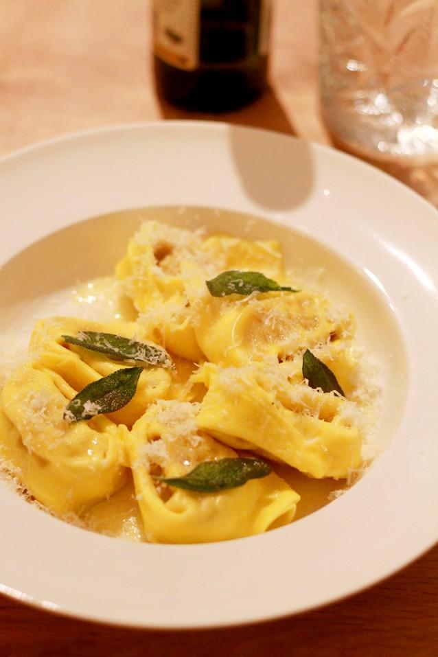 Tortelloni met salie en botersaus2