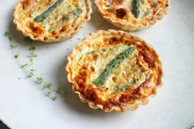 Hartige-taart-met-groene-asperges2