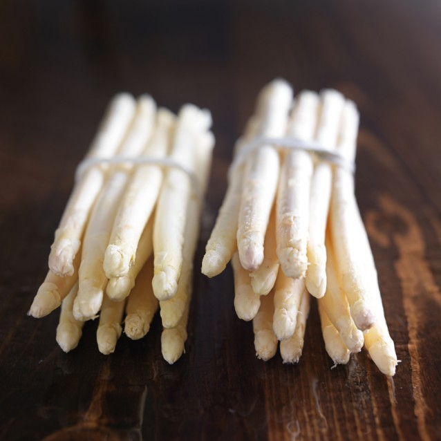 Witte asperges stock