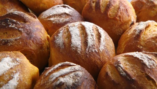 Zoete aardappelbroodjes stock