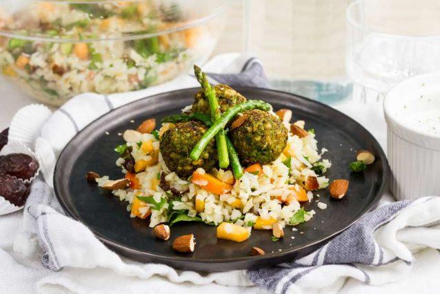 bloemkoolrijst-met-spinazie-falafel