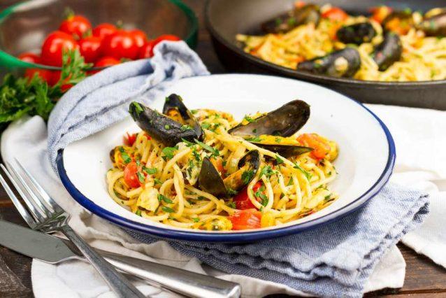 Spaghetti met pittige mosselen