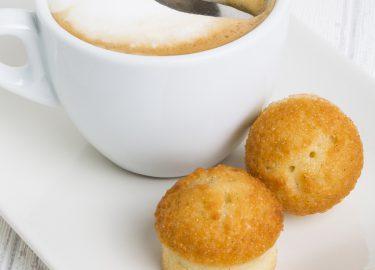 Financiers cappuccino stock